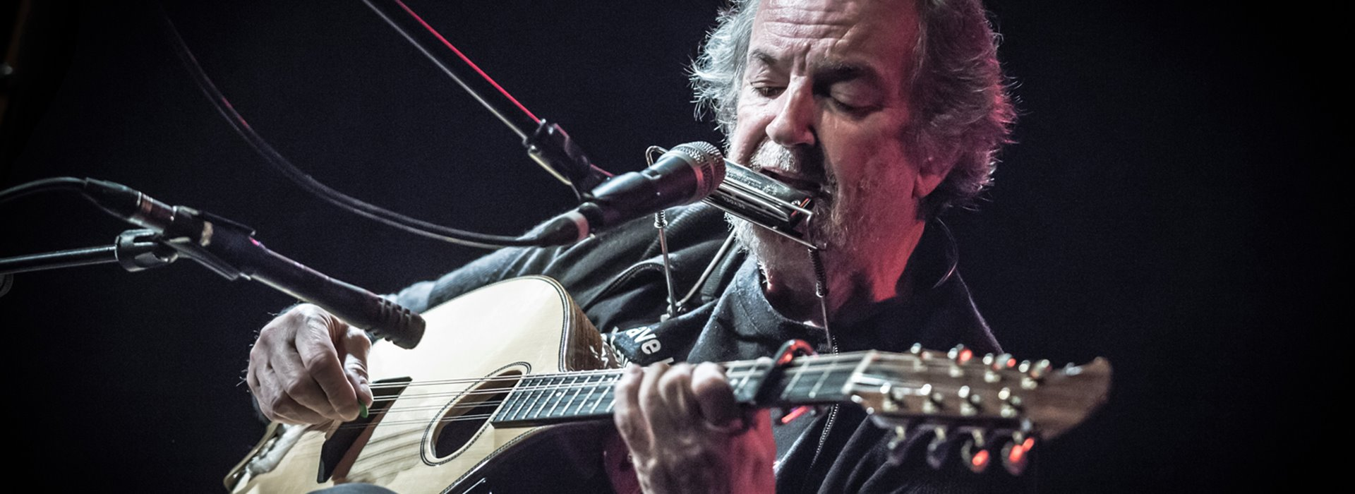 Buzz Buzz Buzz presents Andy Irvine